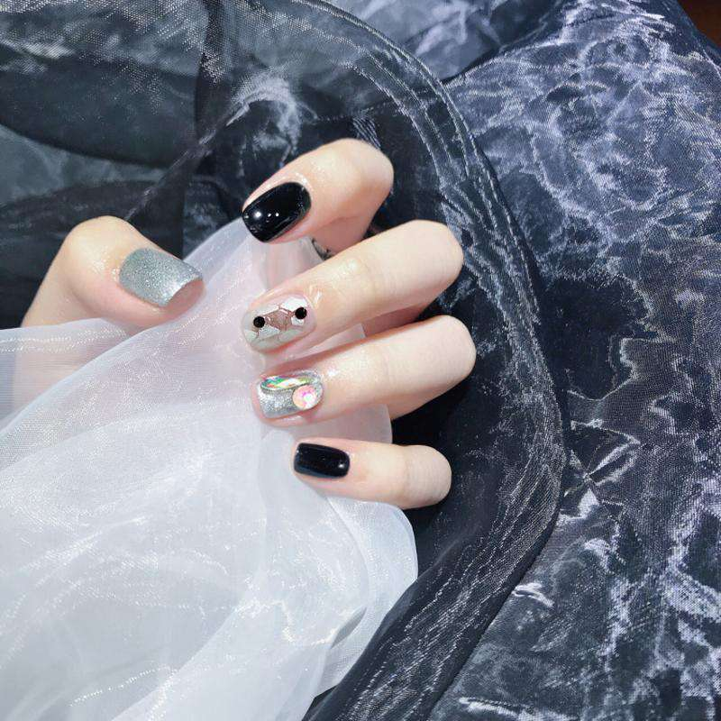 Broken Mirror Magic Press Nail Manicure