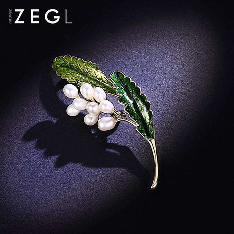 Vintage Style Faux Pearl Flower and Green Leaf Brooch gallery 5
