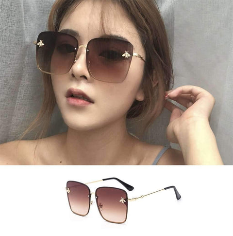 Chic Square Shape With Butterfly Side Street Fashion Sunglasses gallery 3