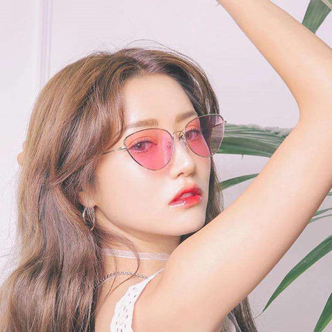 Vintage Triangle Transparent Resin Lens Fashion Sunglasses gallery 1
