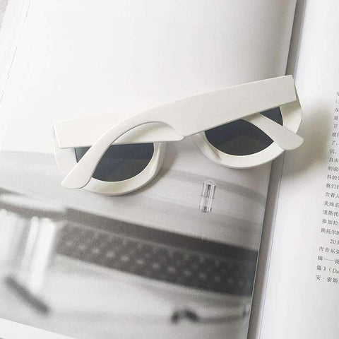 Chic Oval Shape Lens with wide Frame Sunglasses gallery 18