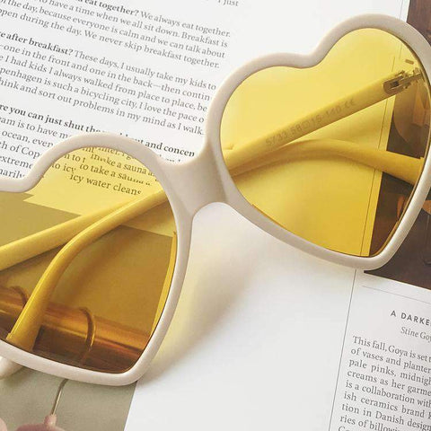 Candy Color Ombre Heart Shape Lens Sunglasses gallery 12