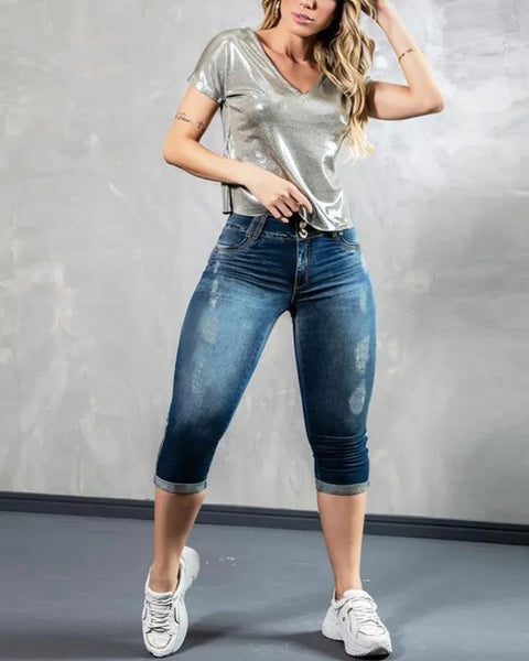 Ripped Roll Up Hem Capris Jeans gallery 2