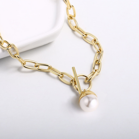 Toggle Pearl Detail Link Necklace