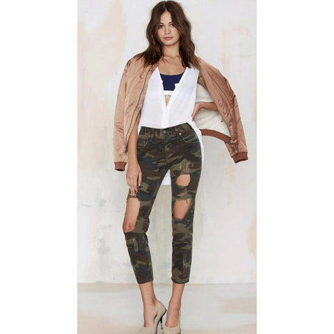 Camouflage Ripped Knee Cropped Jeans