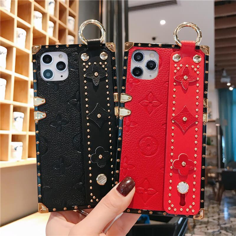 Floral Pattern Rivet Deo Phone Case for Samsung with Wrist Strap