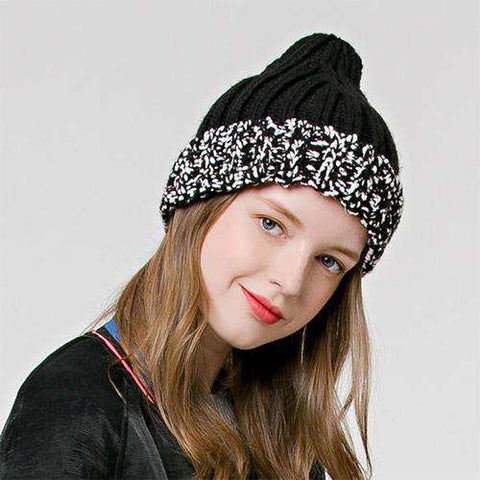 Women's Chic Cozy Hat for Winter gallery 2