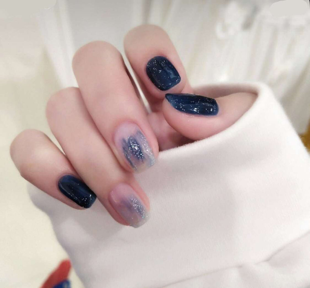 Star Glittering Magic Press Nail Manicure in Dark Blue