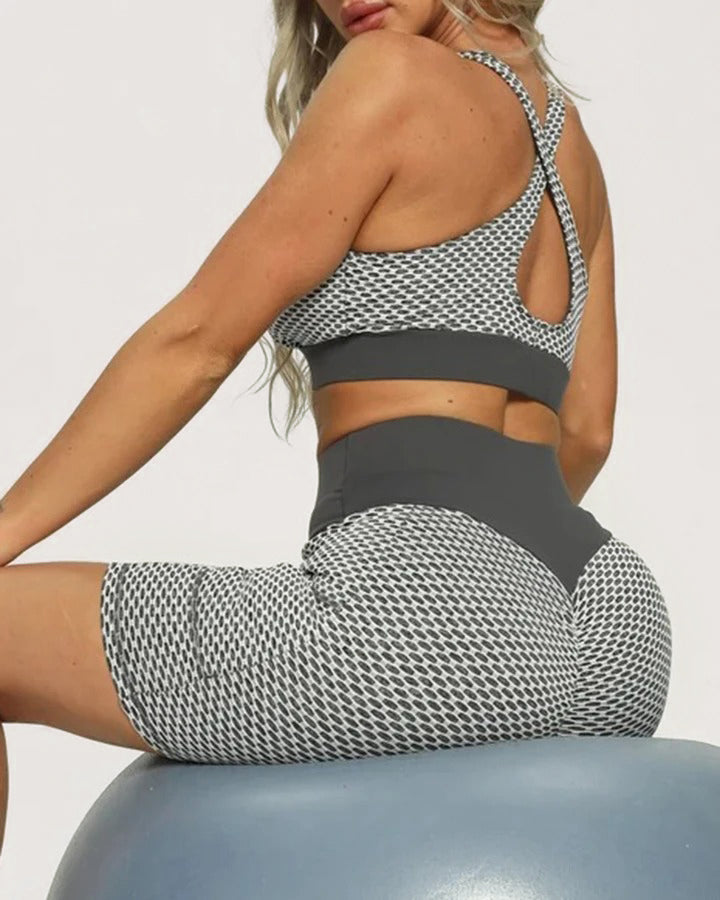 Solid Textured Butt Lift Pocket Detail Sports Shorts gallery 4