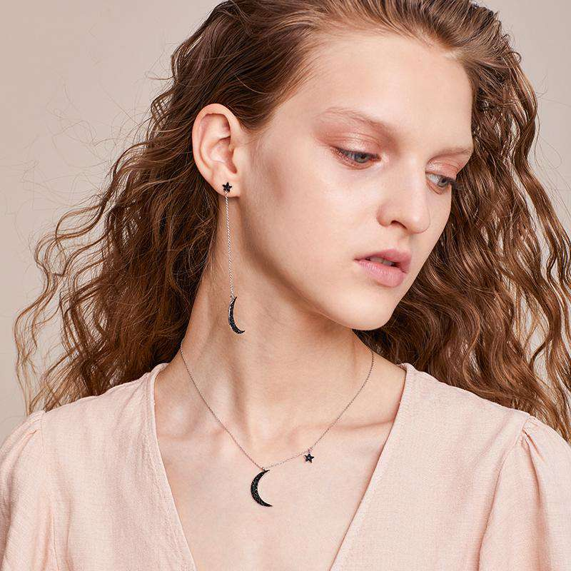 ZEGL Moon and Star Instagram Fashion Short Necklace Standoffish Style Internet Celebrity Neck Accessory