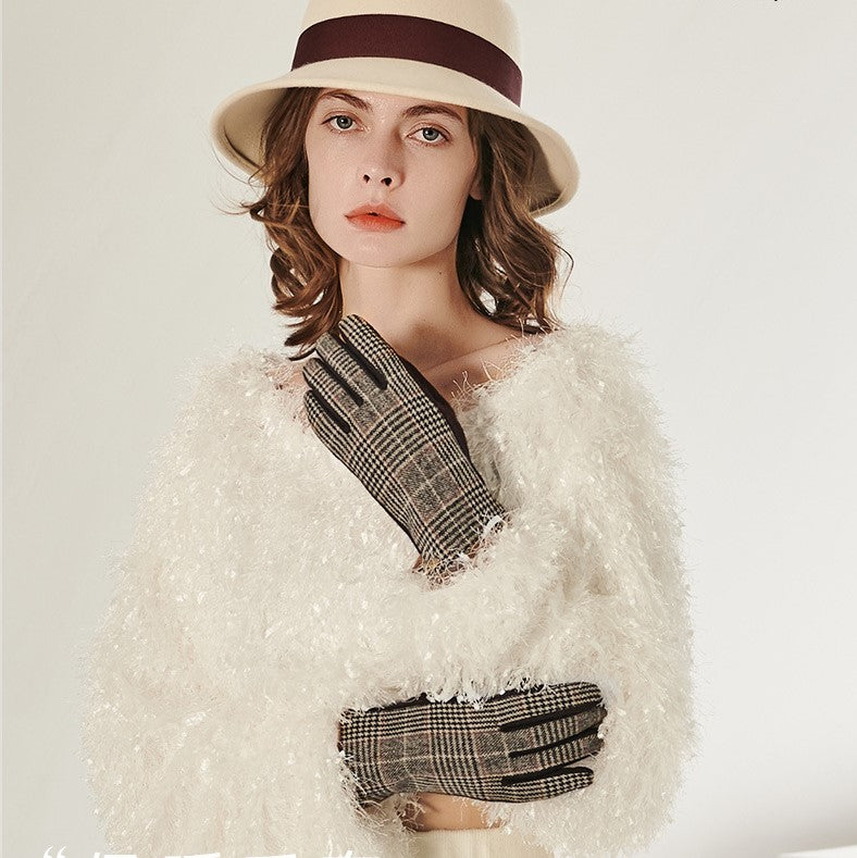 Plaid Knit Touch Screen Gloves