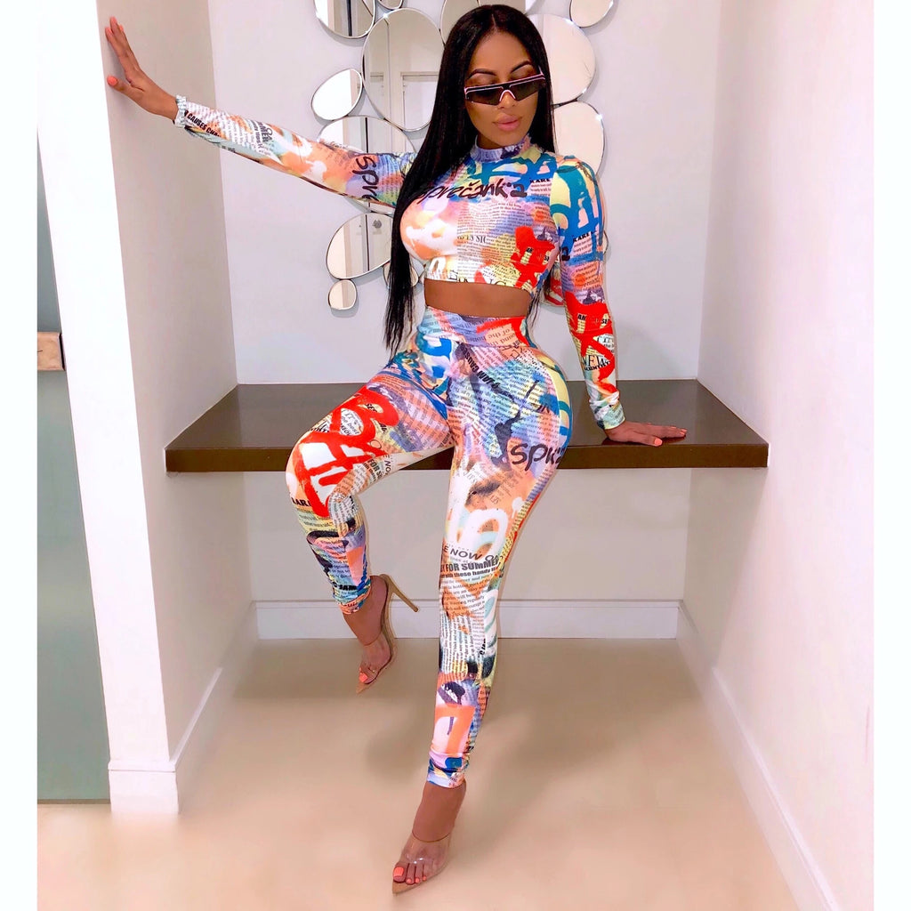 Chic Newspaper Print Long Sleeve Cropped Top & Pant Set