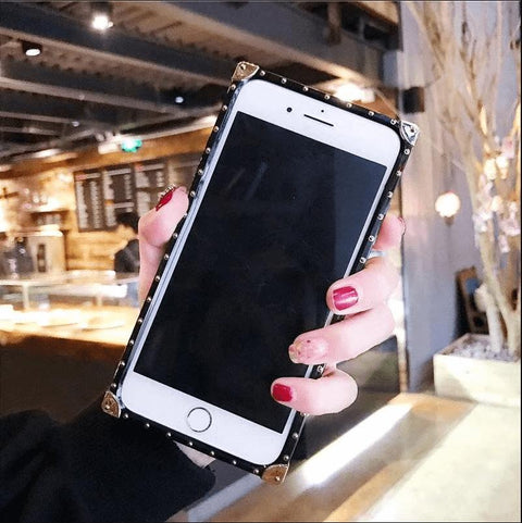 Plaid Leather Rivet Edge Phone Case for Samsung with Hand Strap gallery 6