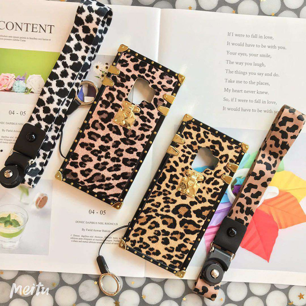Luxury Leopard Pattern Square Phone Case for Samsung with Hand Strap