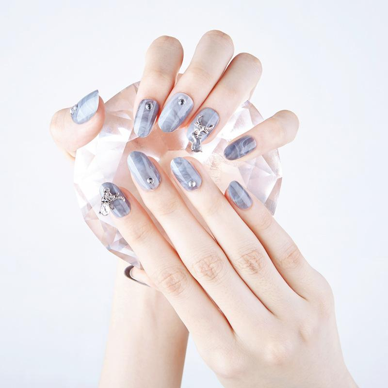 Designer Series Magic Press On Nail Manicure