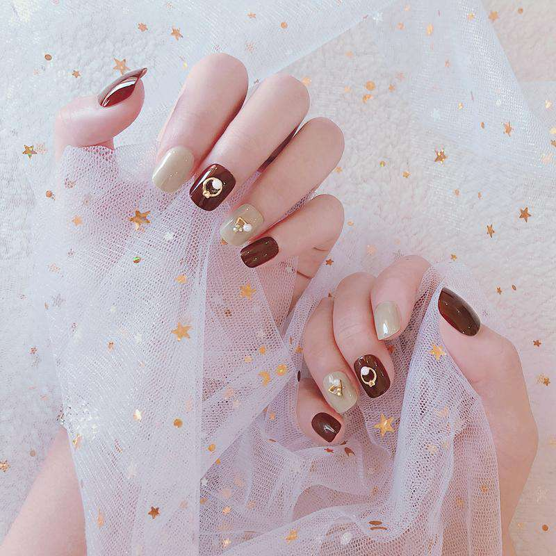 Metal Circle & Triangle Design Geometric Magic Press On Nail Manicure