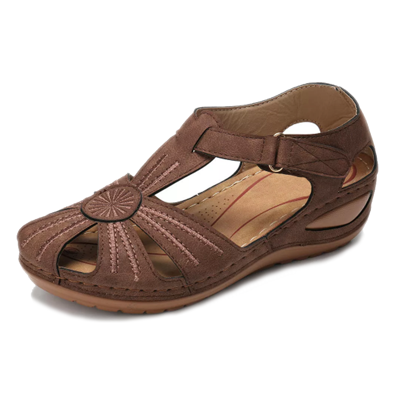 Comfy Circle Wedge Sandal