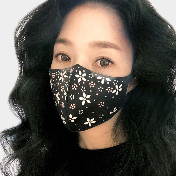 White Pearl Flowers Mask