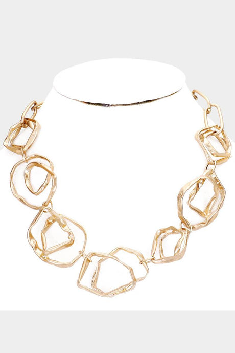 Chic To Chic Necklace