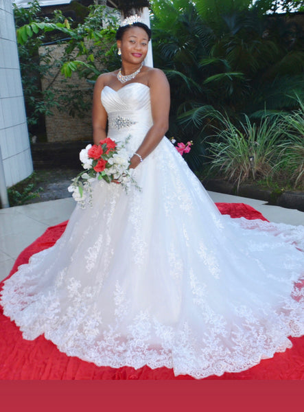 Satini - Satin/Lace Ball Gown