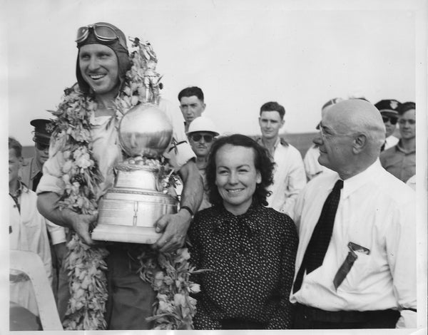 Art Chester Wins Greve Trophy - 1939