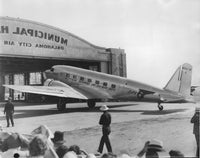 PAA DC-3 in Ocklahoma City - 1935