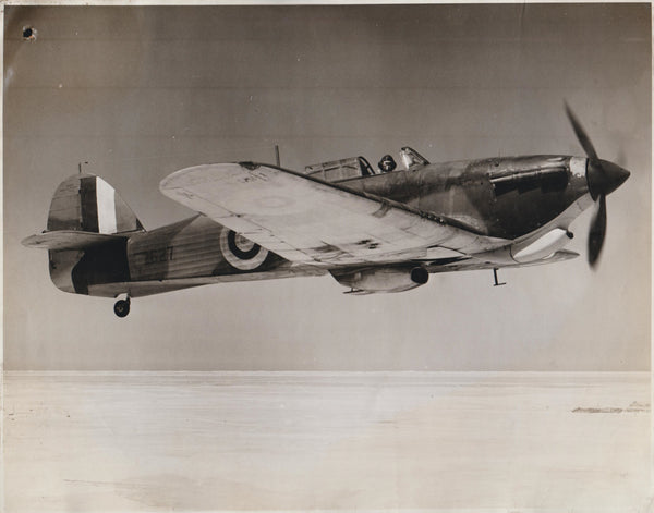 Official Vintage WWII Photo - Hawker Hurricane