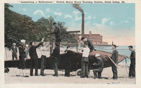 WWI USN Color Postcard - Great Lakes Training Center