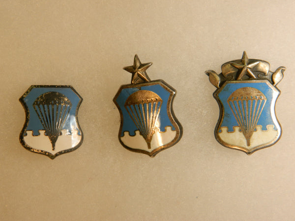Obsolete U.S. Air Force Parachute Badges - 1956 to 1963