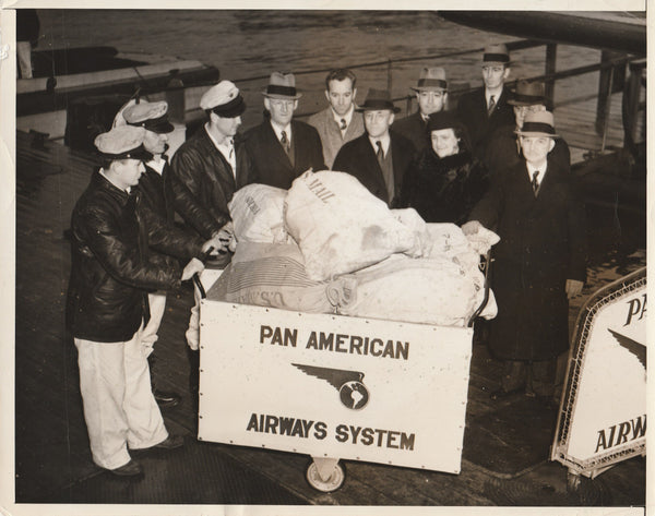 Press Photo, First Airmail to Bermuda - 1938