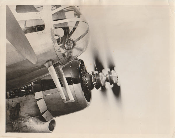 "Press Photo, ""Round-She-Goes"", New Counter-Rotating Props - 1943"