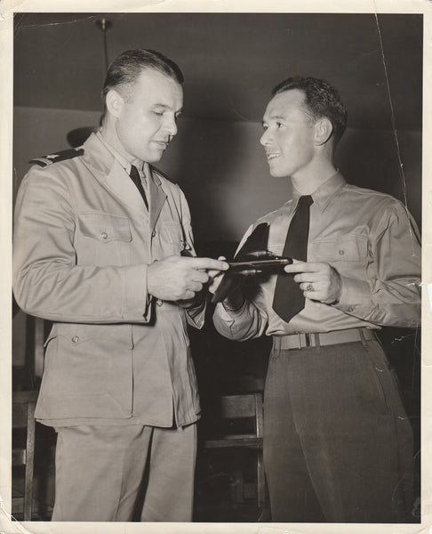 Press Photo, Instructor Teaches Aircraft Recognition to Naval Aviation Cadets - 1944