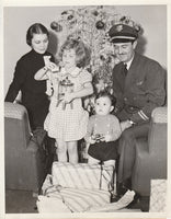 Press Photo, TWA Family Spends Christmas On-Board - 1936