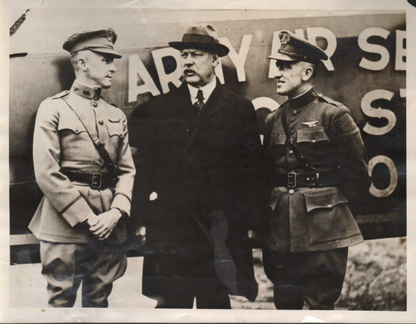 Original Press Photo, Secretary of War Congratulates T-2 Pilots - 1923