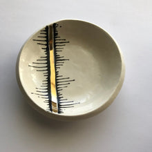 Jagged Edge Ring Dish