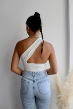 Load image into Gallery viewer, Day Off Medium Wash Jeans