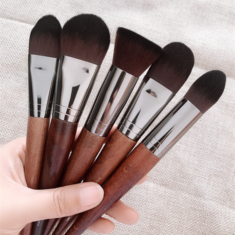 Professional Kabuki Makeup Brush (1 Piece)