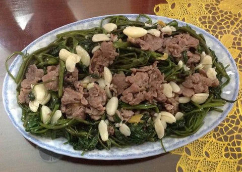 Stir Fried Water Buffalo meat with spinach