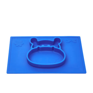 Blue suction placemat and plate in a 3D hippo design helps develop baby's pincer grip and grasp.