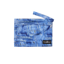 Colourful blue wetbag keeps your apron and bib dry.