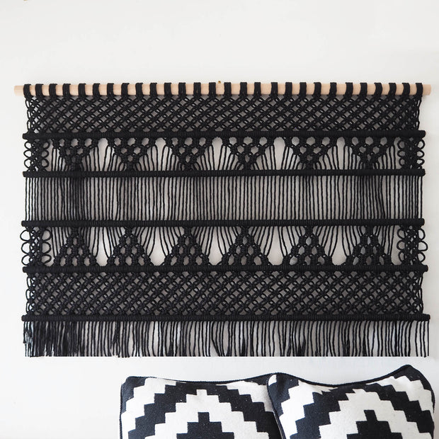 macrame wall hanging black - rovisa