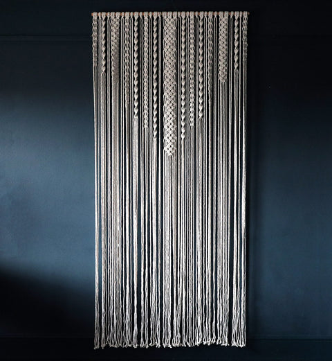 Large Macrame Wall Hanging/Room Divider – Vinolo