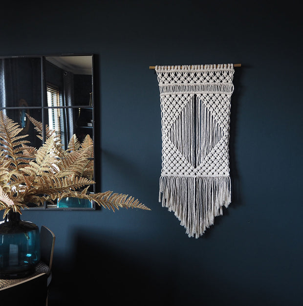 Macrame Wall Hanging, Natural/Cream – Liona Diamond