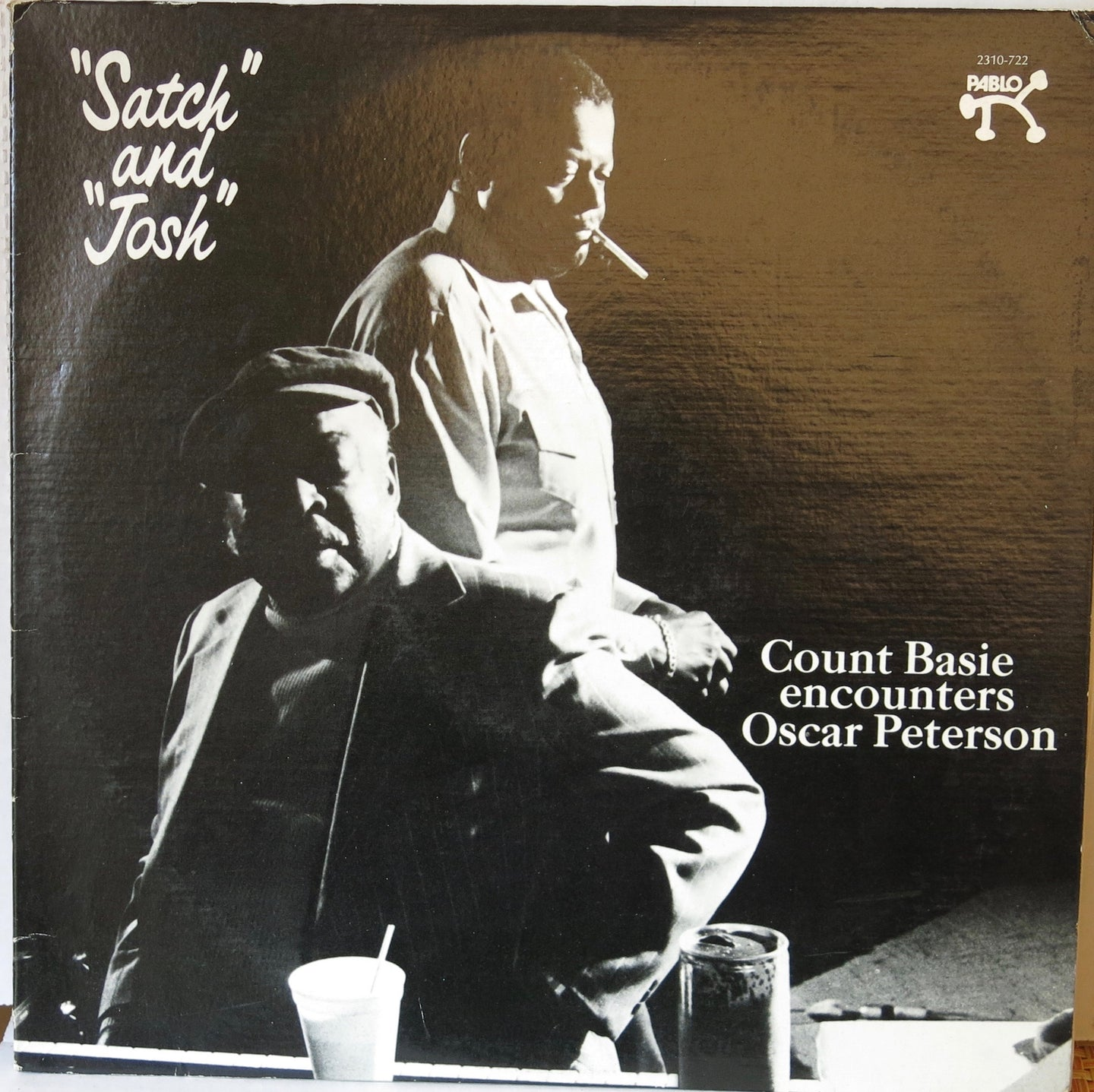 Count Basie encounters Oscar Peterson ‎–