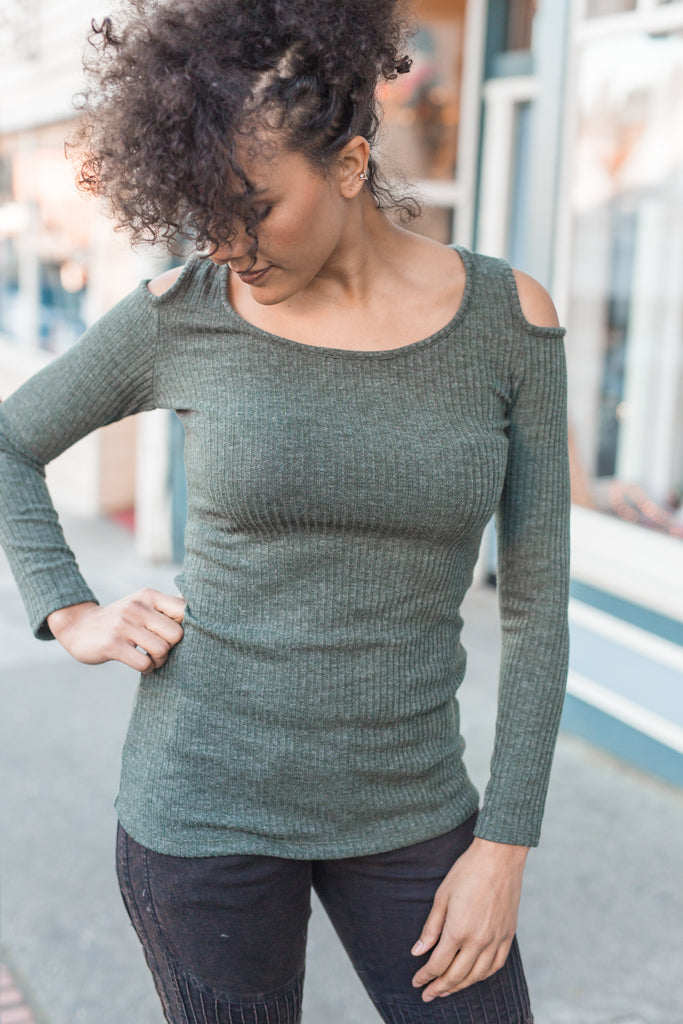 Sexy Shoulder Sweater - Moss