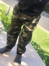 Load image into Gallery viewer, Camo Pant
