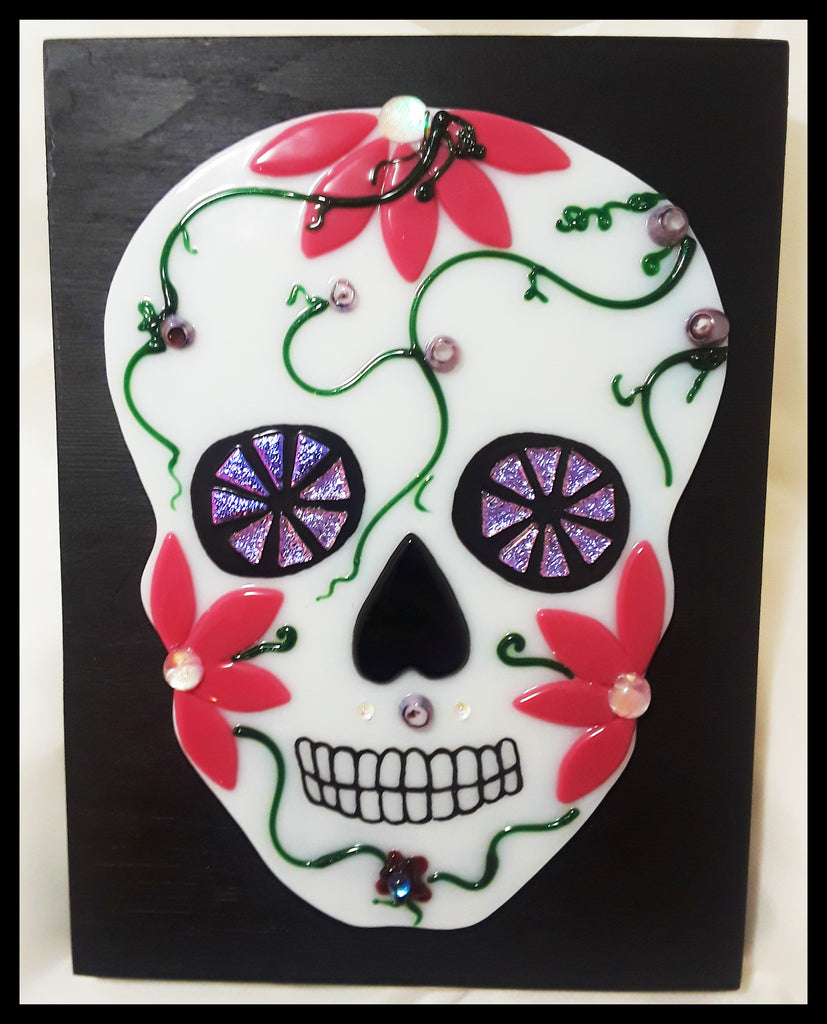 Carla Stevens: Fused Glass Sugar Skulls