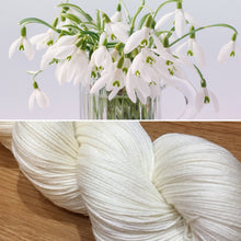 Load image into Gallery viewer, Snowdrop, soft 75/25 merino nylon blend 4ply sock yarn white undyed