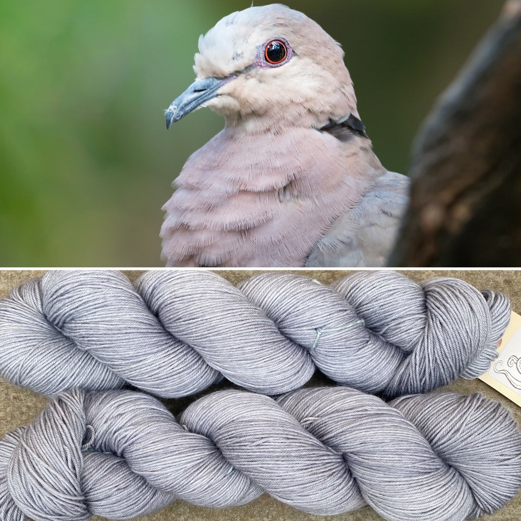 A Nice Grey, merino nylon sock yarn