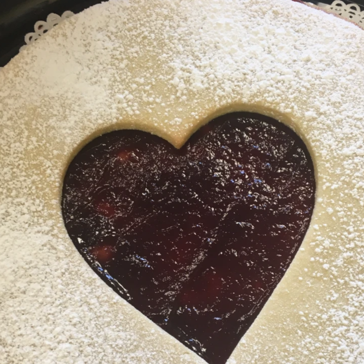Linzer tart cookie fit for a crowd